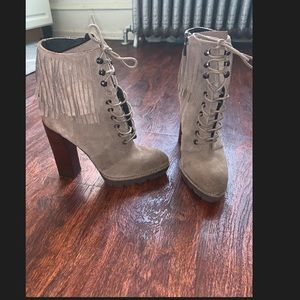 """Kennth Cole Fringe """"Distress """"fall boots"""